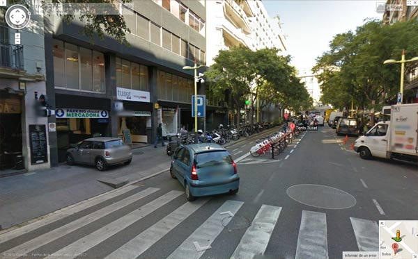 Parking en la calle Tuset