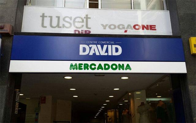 Mercado calle Tuset Barcelona