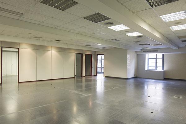 oficina grande en alquiler