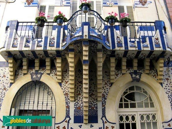 Casa Planiol Claramunt (Sant Pol de Mar) - Foto: www.poblesdecataunya.cat