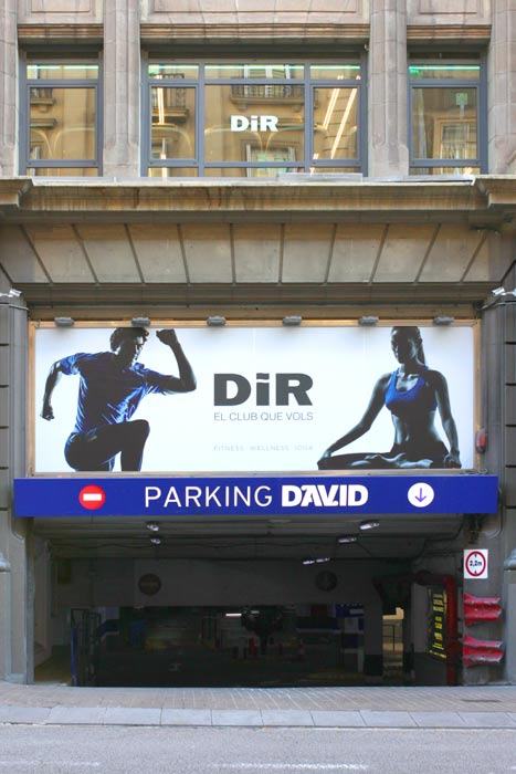 Entrada parking David por calle Aribau