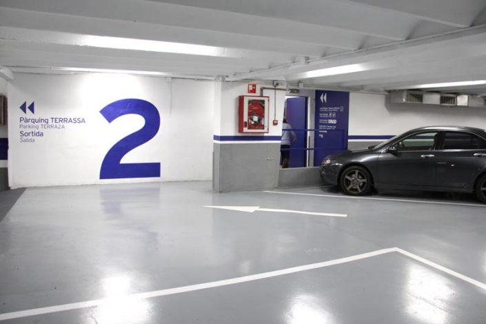Plazas de parking cómodas y amplias