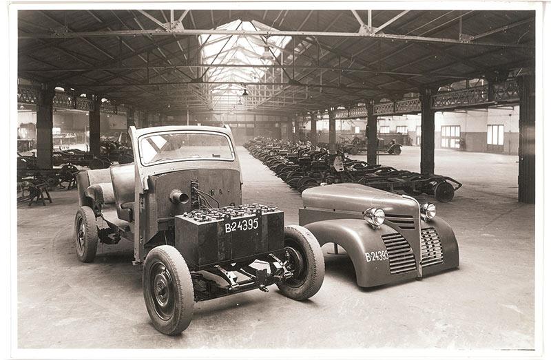coche eléctrico año 1940-1950